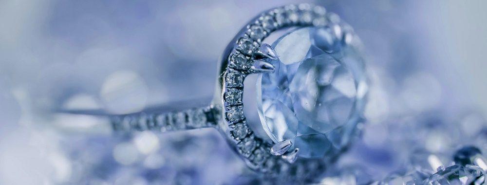 Flambée des prix des diamants de couleur exceptionnels