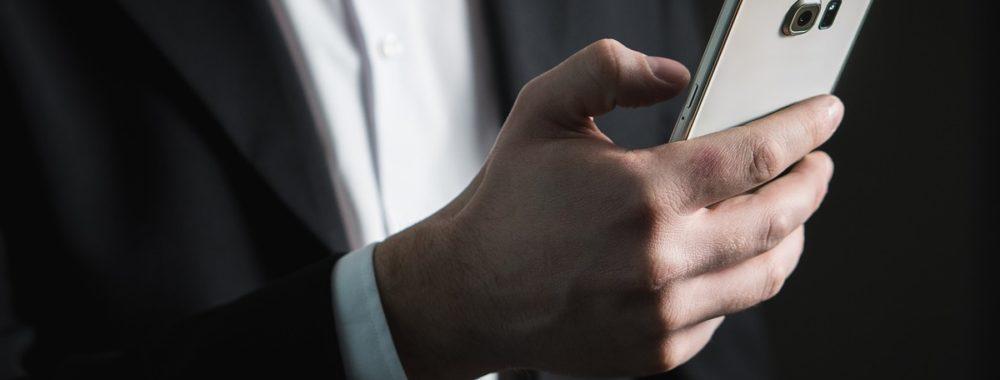 Le smartphone, guichet unique des néobanques