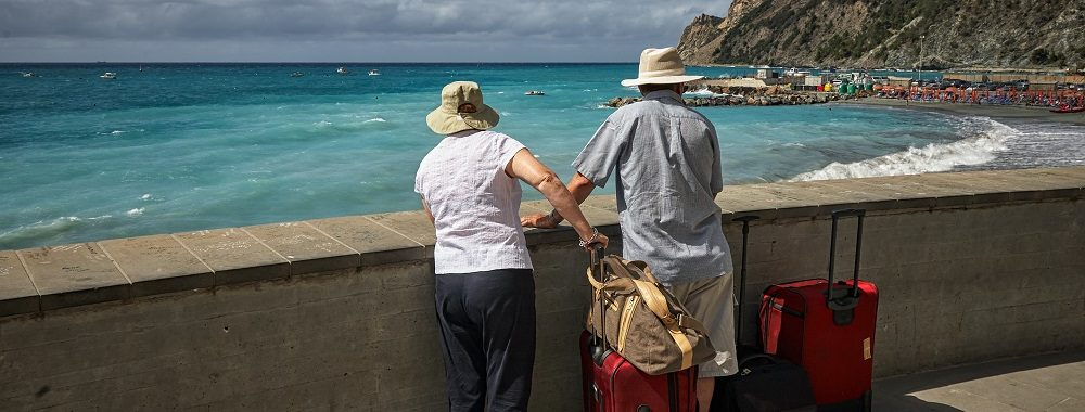 Passer sa retraite à l'étranger:  les bonnes questions à se poser avant de faire ses valises [#1/2]